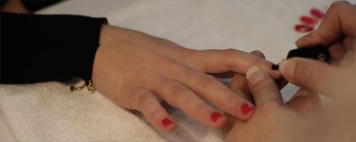 Pose ongles à saint Laurent de la Salanque